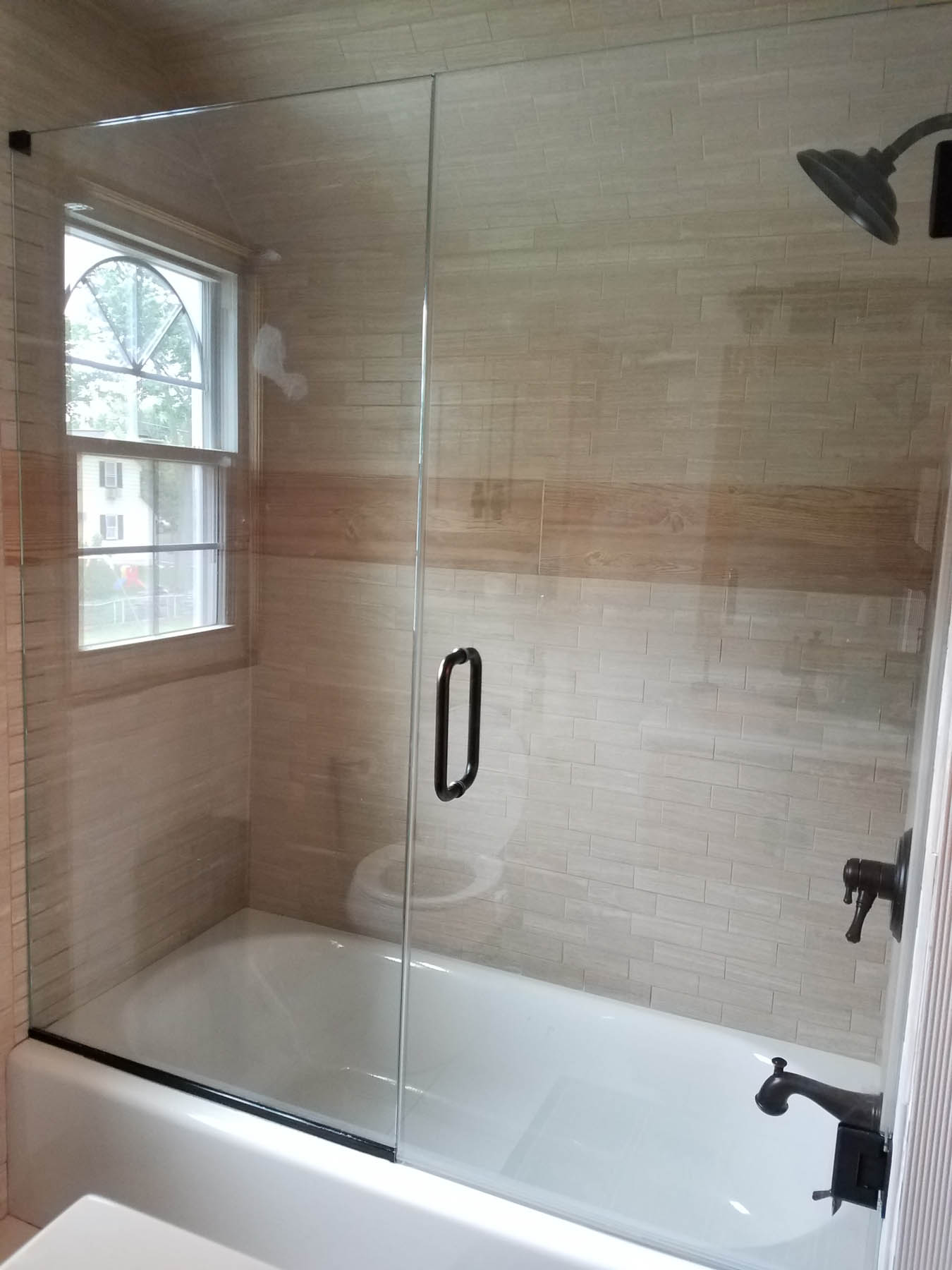 Tub Showers Doors in New Jersey | Allied Glass & Mirror